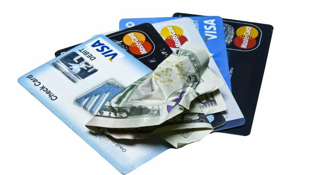 Kreditni karta - prvni FinTech